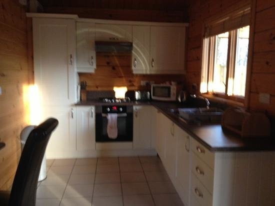 Quarry Walk Lodges:                   the kitchen