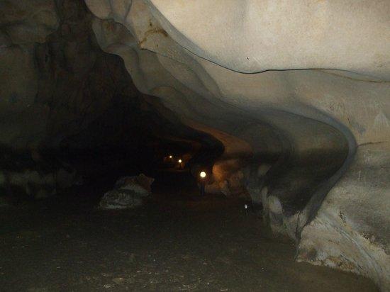 Orlova Chuka Cave :                   inside