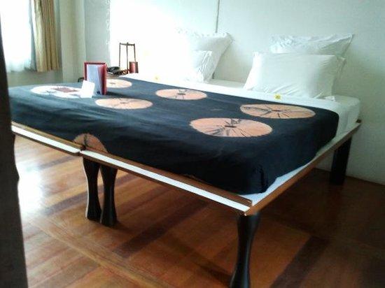 Muang Kulaypan Hotel:                   KING SIZE BED