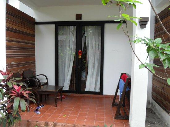 Lamai Wanta:                   nice room