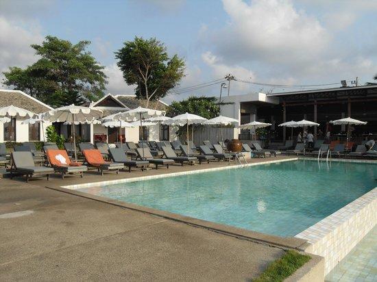 لاماي وانتا بيتش ريزورت:                   late afternoon at the pool                 