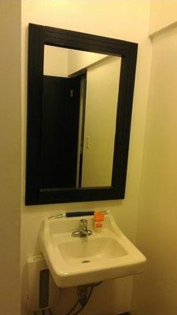 كاسا كوندادو هوتل:                   Bath Sink                 