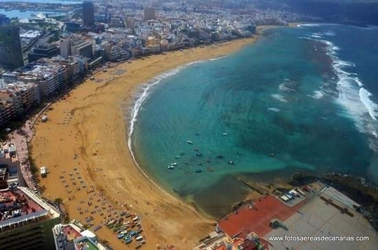 Playa de Las Canteras:                   Maravilla