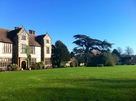 Billesley Manor Hotel:                   grounds