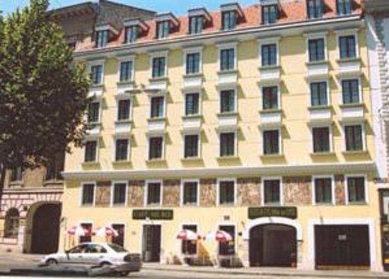 Photo of Suite Hotel 900 m zur Oper Vienna