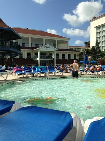 Breezes Resort & Spa Bahamas :                   view from small fountain pool
