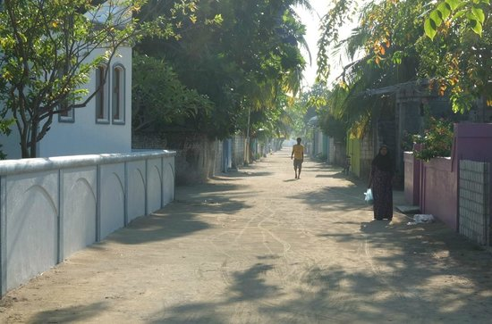 Velidhoo:                                     The village