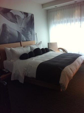 Hotel Le Germain Maple Leaf Square:                   best sleep ever!!
