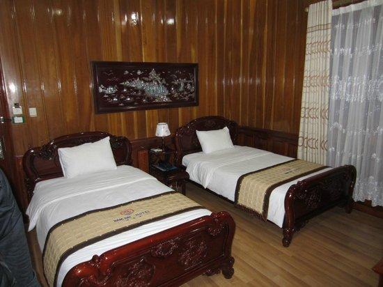 Nam Hai hotel:                   room
