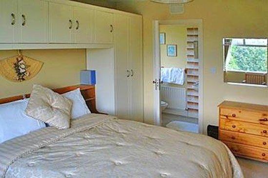 Fern Rock Bed & Breakfast Photo