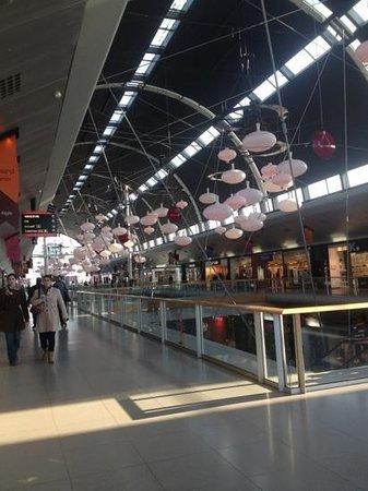 Cité Europe :                   lovely lights on display