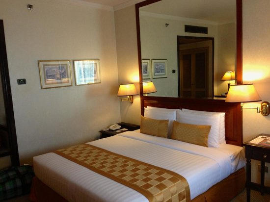 Arnoma Grand Bangkok:                   Double bed