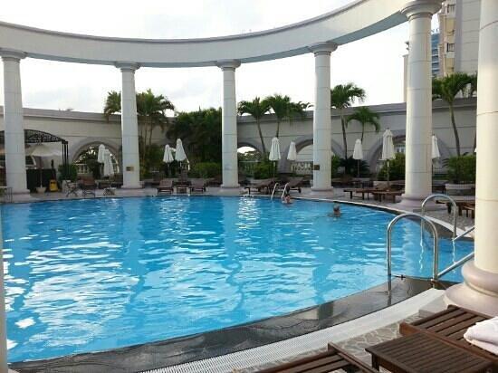 Sunrise Nha Trang Beach Hotel & Spa:                                                       piscine