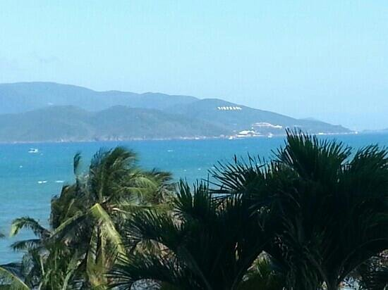 Sunrise Nha Trang Beach Hotel & Spa:                                                       vue de notre chambre