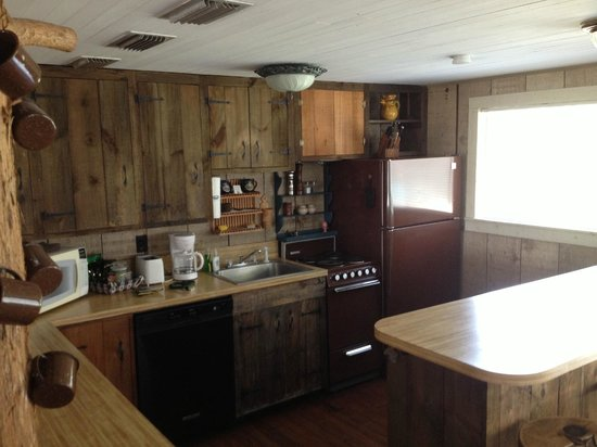 BlissWood Bed and Breakfast Ranch:                   Stove cooks bacon just right. Everything you need (dishes)