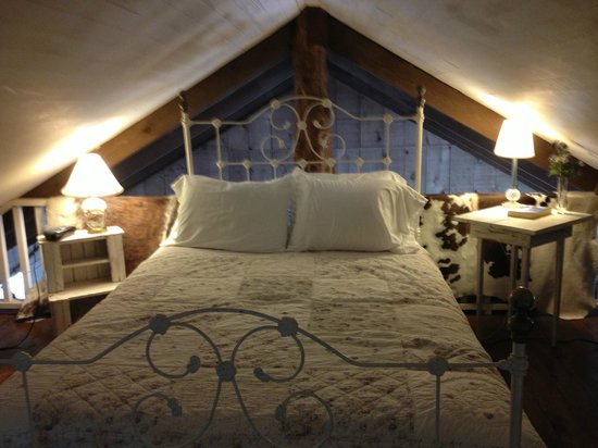 BlissWood Bed and Breakfast Ranch:                   Comfy!