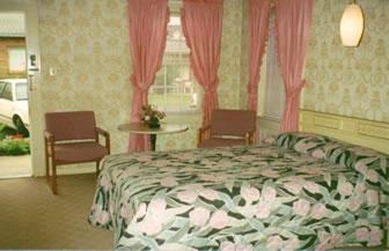 Rosewood Inn: Queen