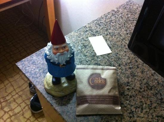 Doubletree Hotel Birmingham:                   the gnome enjoying a cookie