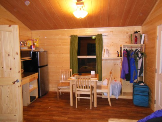 Astoria, Орегон:                                     Kitchen/Dining/Storage/Main area (futon and TV area is where