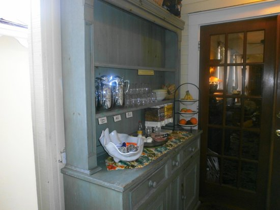 Tropical Inn:                   Buffet colazione