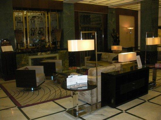 โรงแรมเรดิสันบลู อัลครอน ปราก:                   hall