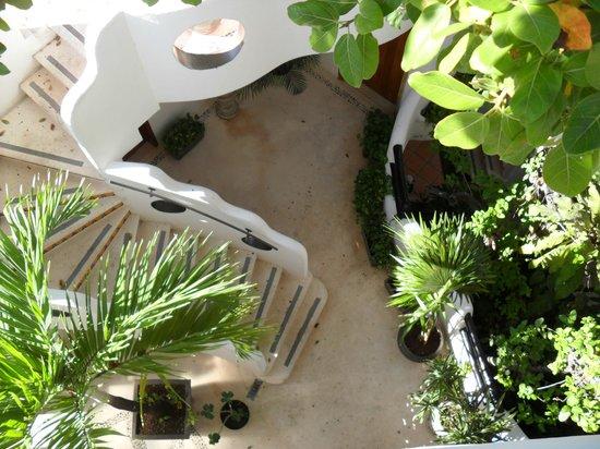 Hotel Quinto Sol:                   cortile interno