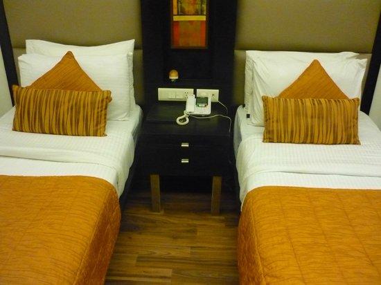 JHT Hotel:                   Camas seperadas.