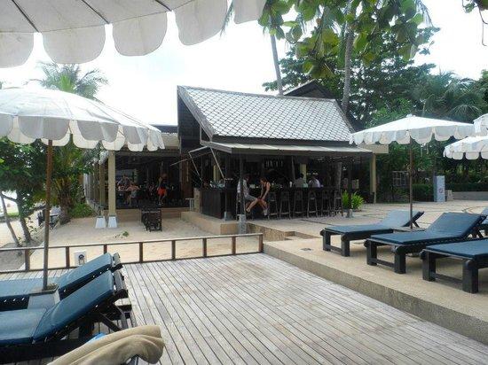 Peace Resort:                   hotel bar