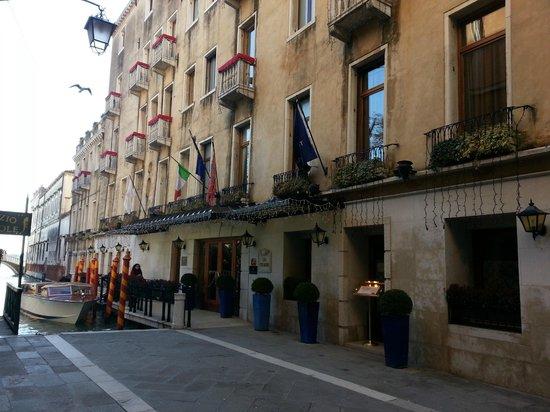 Baglioni Hotel Luna:                   La facciata