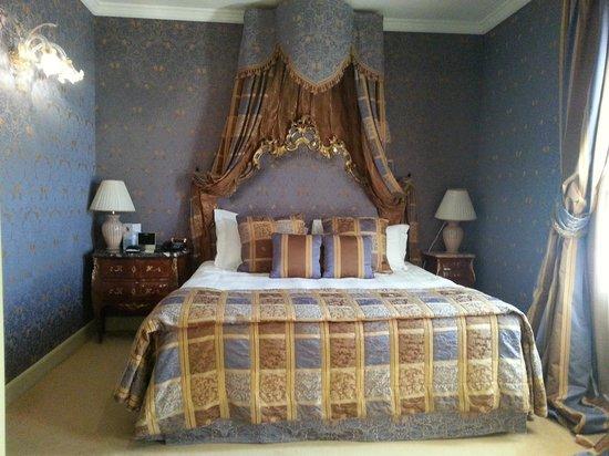 Baglioni Hotel Luna:                   La junior suite blu