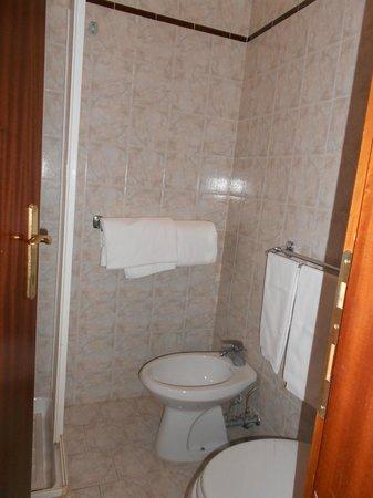 Hotel Giubileo:                   Bathroom