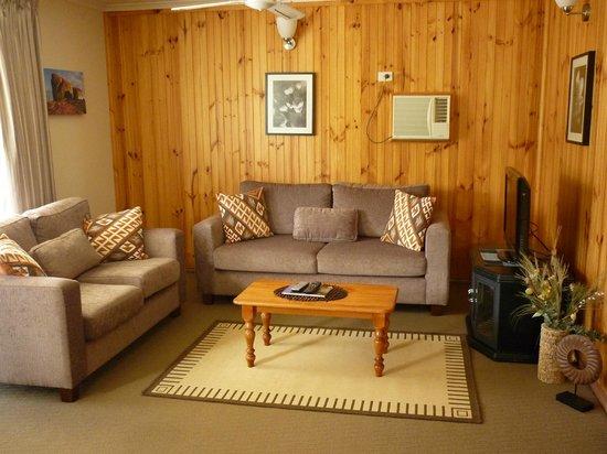 Ficifolia Lodge Kangaroo Island:                   living room