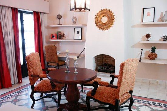 Hotel Casa Primavera: Suite Sala / Suite living room