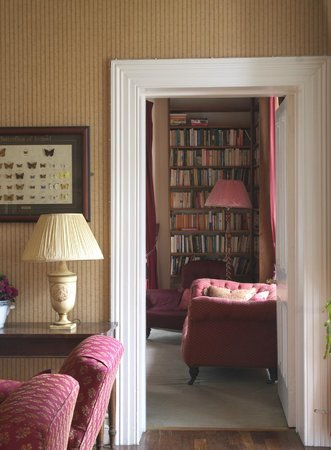 Delphi Lodge Country House: From Drawing Room to Library