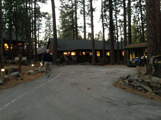 Evergreen Lodge at Yosemite:                   Walking to the main building, Tavern and Restaurant