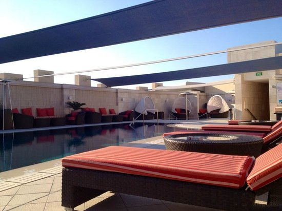 Crowne Plaza Doha - The Business Park:                   Pool