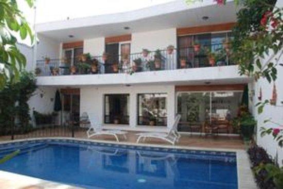 Oaxaca Ollin: pool
