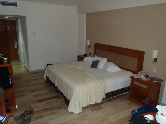 Golden Parnassus All Inclusive Resort & Spa Cancun:                   my room