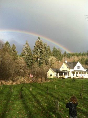 The Inn At Crippen Creek Farm: Gold at the end of the rainbow.