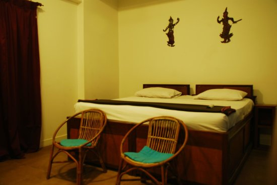The Siem Reap Hostel:                   Queen bed