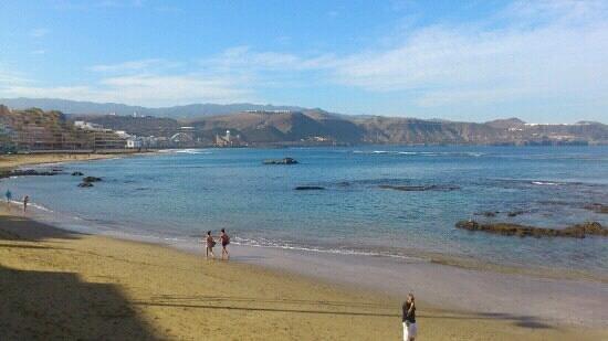 Playa de Las Canteras:                   Las Canteras
