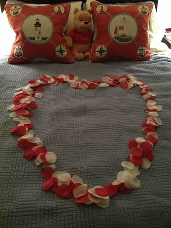 The Lightkeeper's Inn Bed & Breakfast:                   Happy Valentine's Day!
