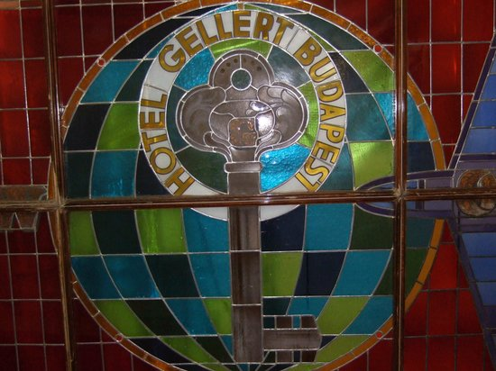 Danubius Hotel Gellert:                   Hotel Gellert stained glass: no longer seen by most people