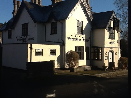 The Wynnstay Arms Hotel: Wynnstay Arms Hotel