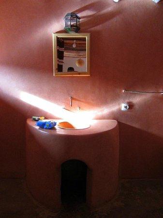 Dar Isselday:                   Baño