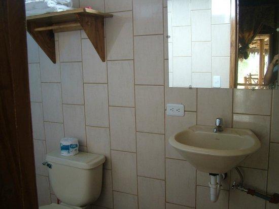 Hotel Rutamar: Baño