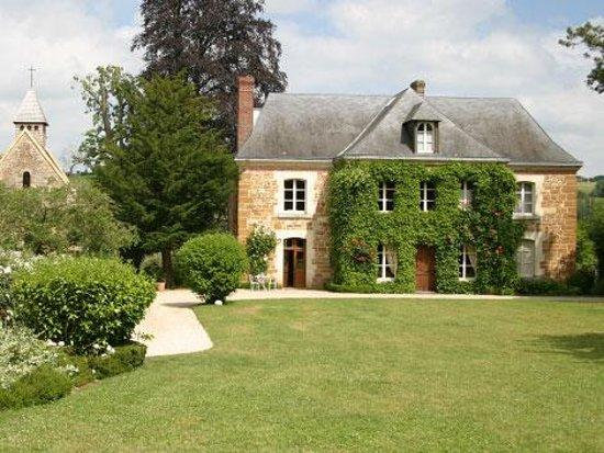 Photo of Le Prieure Saint-Michel Crouttes