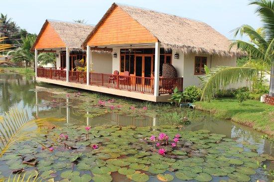 Jaidee Resort:                   Kamers op het meer