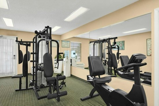 Days Inn Americus: Fitness center