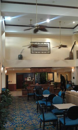 Hampton Inn & Suites Corpus Christi I-37 - Navigation Blvd.:                   Hampton Lobby